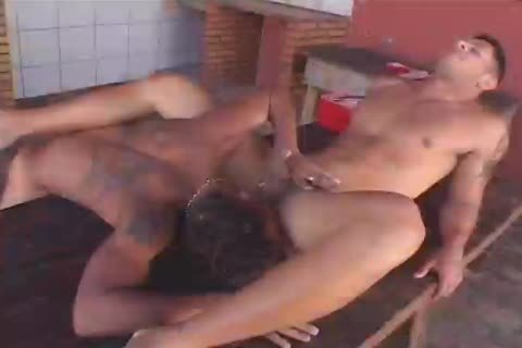 Jony Montana Gives mouth To knob On The Drowning Marcelo