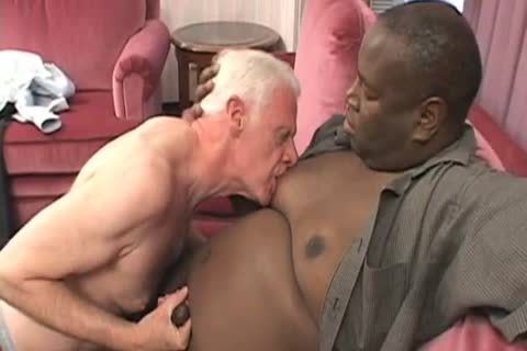 older man VS humongous black Bubba FaBuLoUsSsSs!!!!
