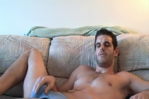 dilettante Straight man suckS OWN rod and spreads a-hole ...HOLY ShiT !! yummy !!