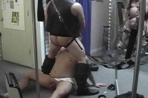 lascivious Pig daddy Opens Pig boy toy fascinating Greasy anal For tasty pleasure