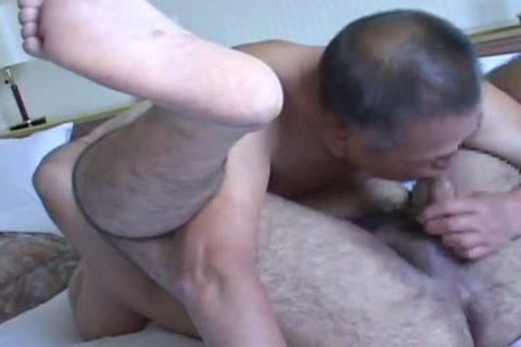 Rodudetic Sex between daddy And young Japanese Bear