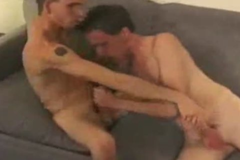 oral job-sex On Tthis chab bed