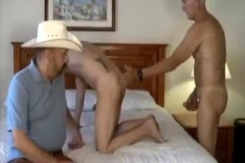 olderer Cowtwink And friend poke young twink