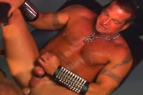 Muscle young men Making Love Onto Tthis chab Swing