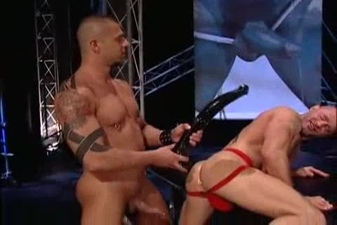 MUSCLE sex-toy WORKOVER