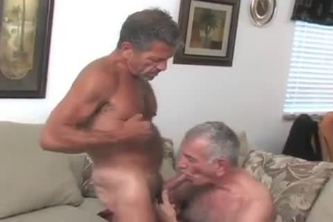 Two daddies Having enjoyguyst