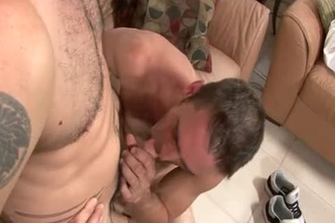 see Joe Parker In greetingss First gay4pay Vid.