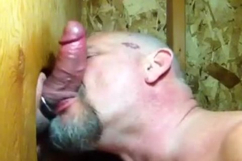 """""""Some twinks Need kissing"""": Bear sucks penis And Makes Out In Gloryaperture"""