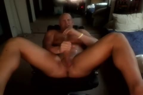 Bald Muscle man jerking off And juicy spooge sjuicy