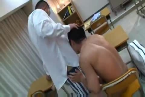 beefy oriental Teacher And Muscle Student engulfing And plowing.