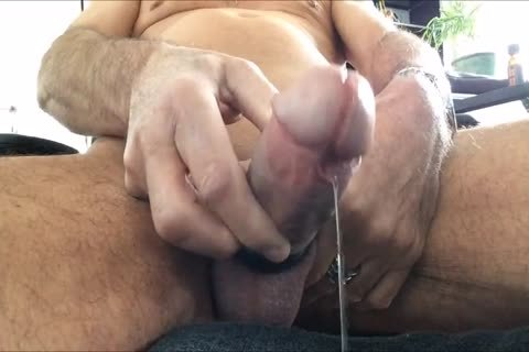 I Like To Play With My Precum With a lot of Poppers And To Share The Vid With you