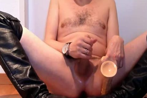 Jerking Wearing black Over-knee High-heels With dildo And Cumming