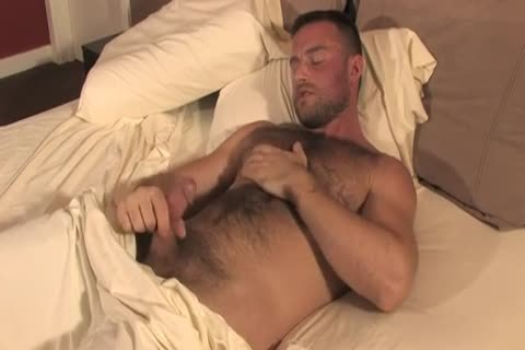 hirsute Bodybuilder Solo jerking off