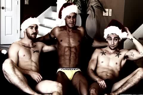 A gay Christmas orgy In This Great clip