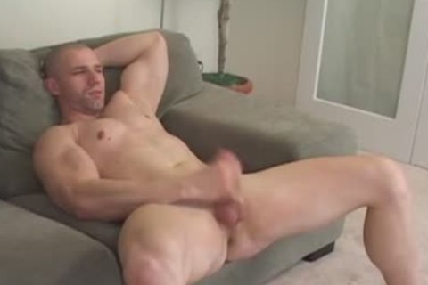 Muscle chap Solo stroking