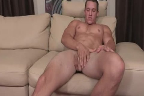 Muscle Brothers Surprise anal