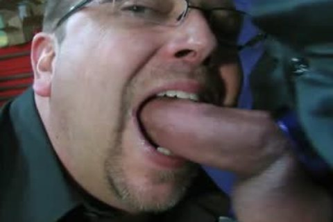 TEN MINUTES OF IN-YOUR-FACE, large, SLOPPY, SLIPPERY, dong-SLURPIN' ALL-MALE oral-job ACTION WITH ROB BROWN.  I'M totally LOVIN' THAT large VEINY PIEC
