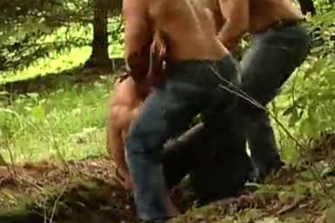 UNCUT MUSCLE BEARS TAG TEAM CAPTIVE guy