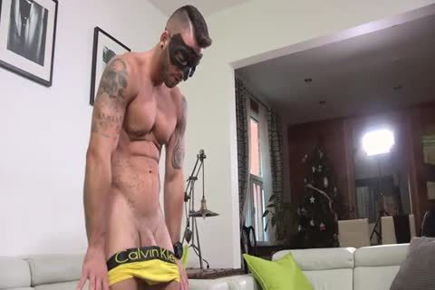 Ripped Masked stud Whips It Out And Plays