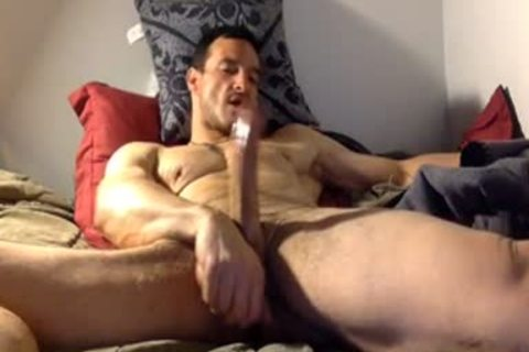 straight Daddy Watching Porn & Jerk On bed
