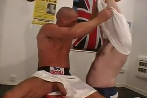 pretty Boxers English men