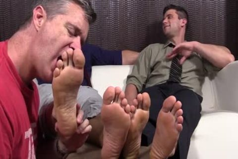 beautiful dudes Cole And Kenny Love To Have Their Feet Worshipped