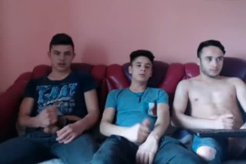 (No2) Romanian str8 boys Go gay On web camera