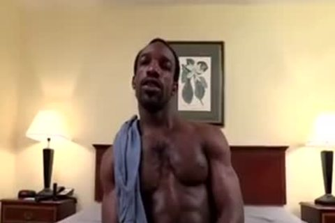 Thugbait black Muscle Shorty Baited In The Motel