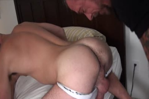 10-Pounder Hungry Athlete Takes A mature bare dick
