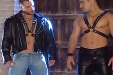 Hunk Leather paramours