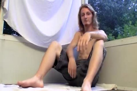 long Haired Straight lad Kenneth Slayer Whacking Off