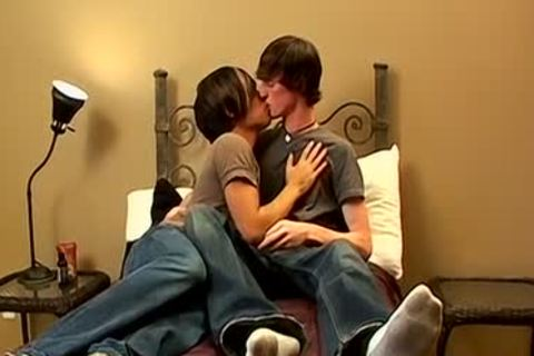 twink Emo twinks Asher Christiansen And Jase Bionx Making Out