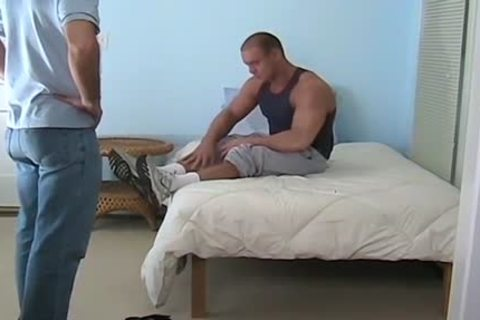 large Muscled Baily Jerks dick And Cums During Foot Worship