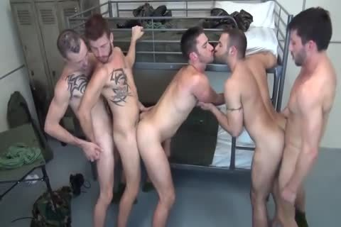 5 Military dudes bareback Double nail In Barracks