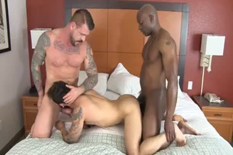 Champ Robinson, Draven Torres, Rocco Steele - Awesom 3some bare