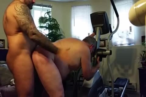 fat Daddy gets hammered By Muscle Bear