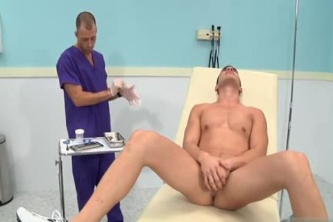 giant 10-Pounder Doctor trio With cumshot