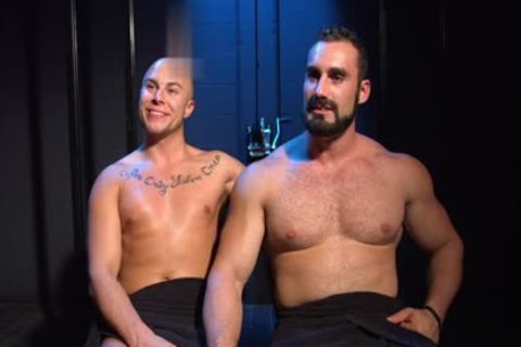 Muscle Bear spanking And ejaculation