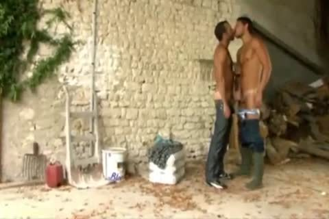 Two homosexual guys In The Farm)
