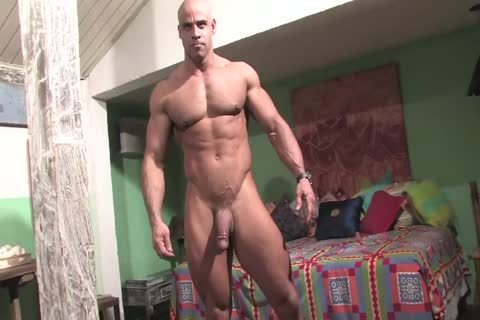 Muscle God Buck Branson Muscle Flexing jack off & Cums