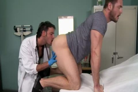 Muscle Doctor butthole job With penis juice flow
