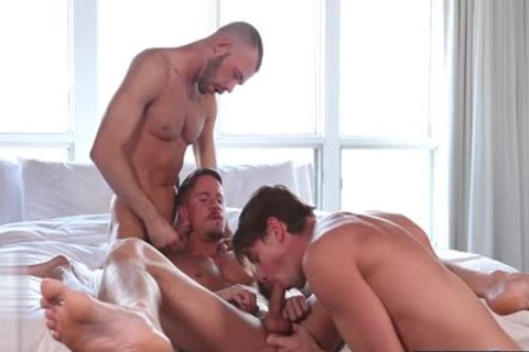 gigantic 10-Pounder homosexual threesome With Facial