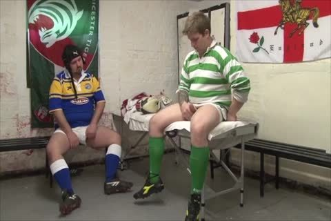 Rugby Bears fucking In Locker Room