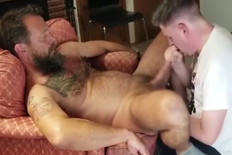 Servicing A fine hairy fellow