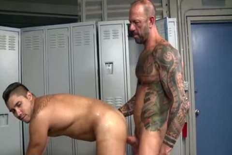 fat dong Daddys raw Locker Room Trick