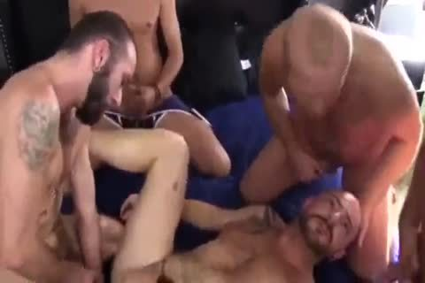 Sex-Party In Hotel