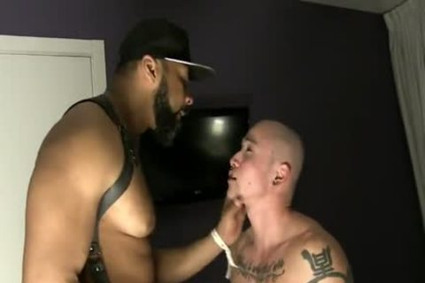 Interracial duo Barefuck With King-size 10-Pounder