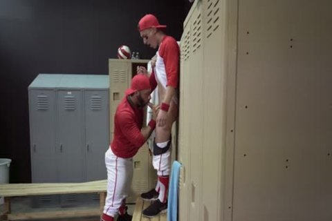Locker Room plowing - Tristan Hunter And Eddy Ceetee