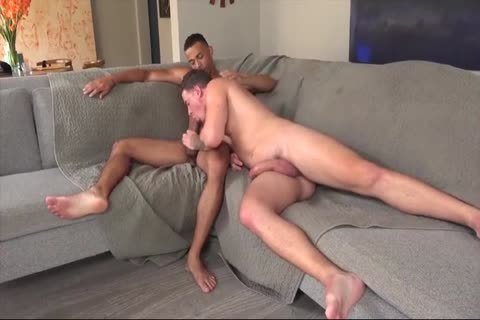 gay Daddy Gives Multiple oral-sex-job In A Locker Room
