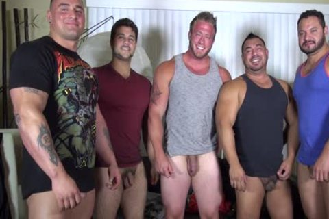 undressed Party @ LATINO Muscle Bear house - non-professional fun W/ Aaron Bruiser
